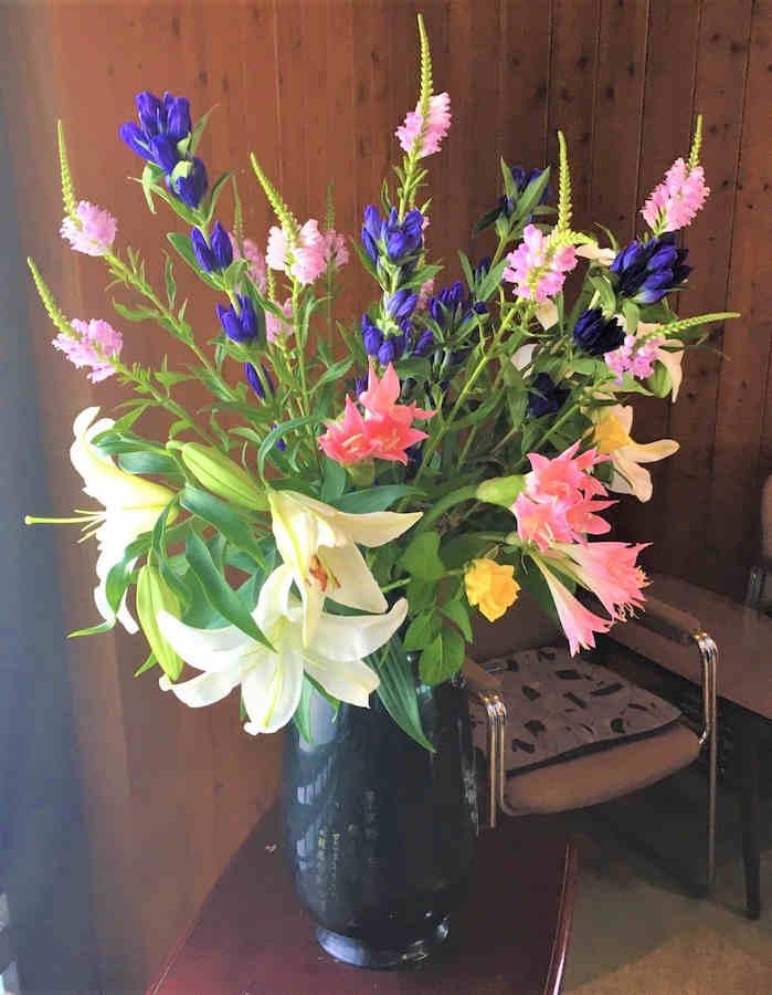 19.8.25 flower no.68(resized)